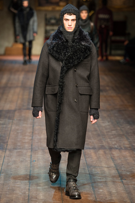 DOL_0324.450x675 Показ коллекции мужской одежды дольче габбана (dolce gabbana) 2014 фото