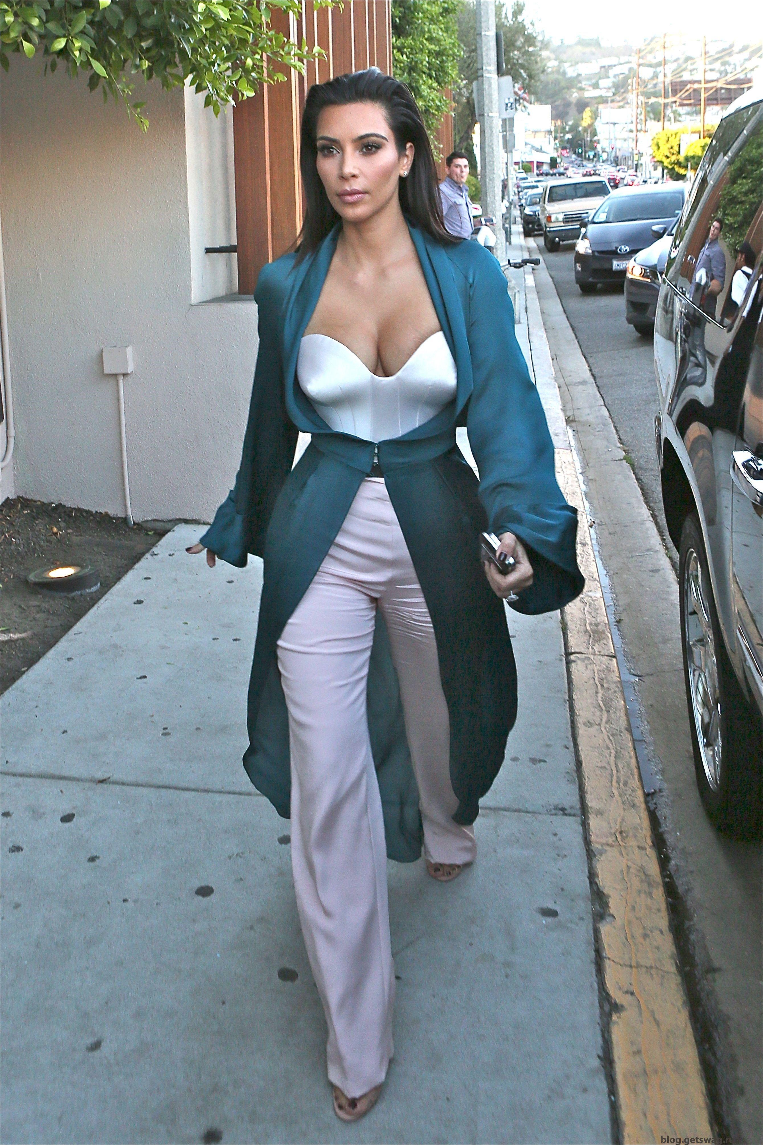263 Уличный стиль Ким Кардашьян фото или одежда строго по фигуре!