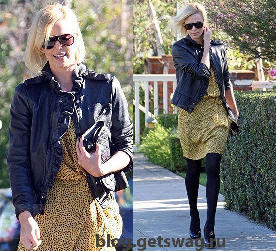 31250dfbe04853d8_Charlize-Theron Стиль Шарлиз Терон - фото уличного стиля одежды звезды в повседневной жизни