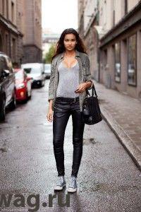 stockholm-streetstyle-leather-pants-jofama-200x300 Ломаем стереотипы. С чем носить кожаные брюки и при этом не выглядеть брутально